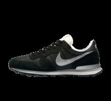 Nike Internationalist Black/Metallic Silver-White-Flt silver