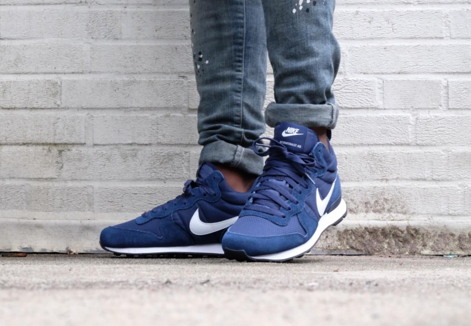 Nike Internationalist Mid Midnight Navy