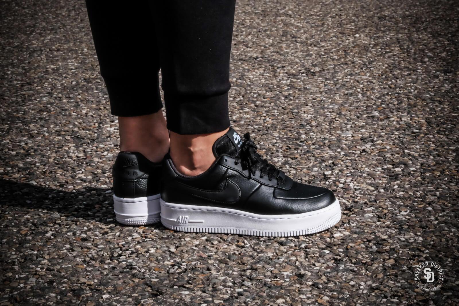 Nike WMNS Air Force 1 Low Upstep BR - Black