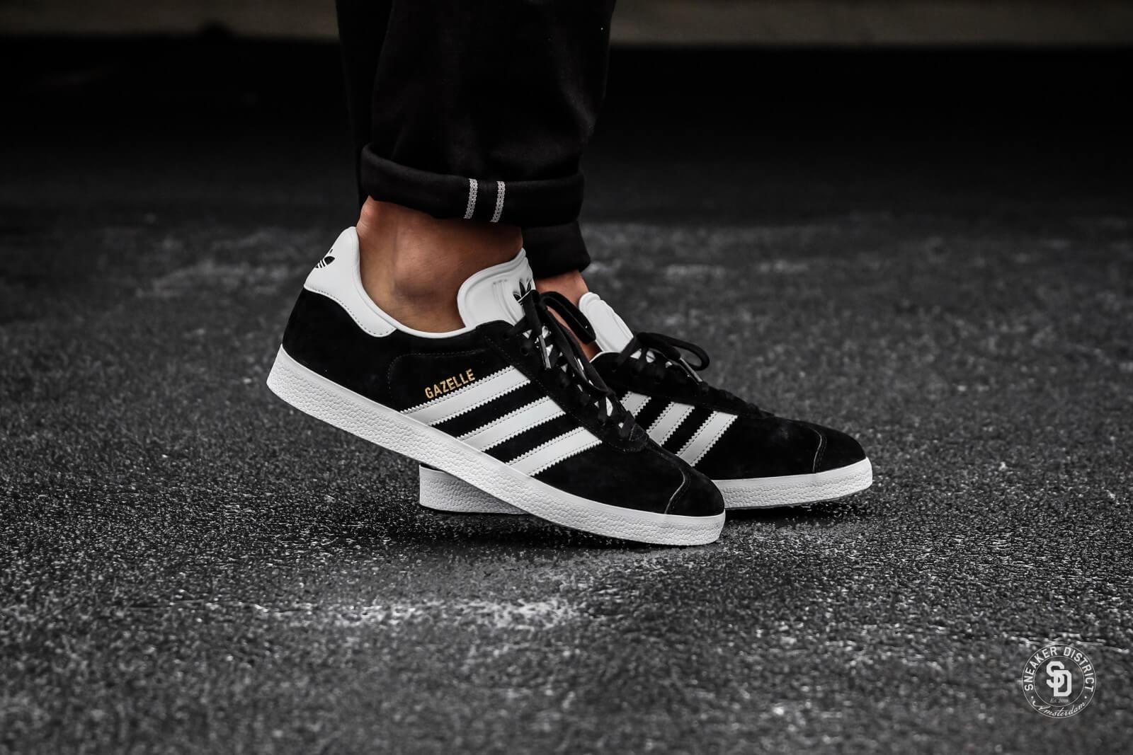 Adidas Gazelle Core Black White-Gold - BB5476 84da850a9f