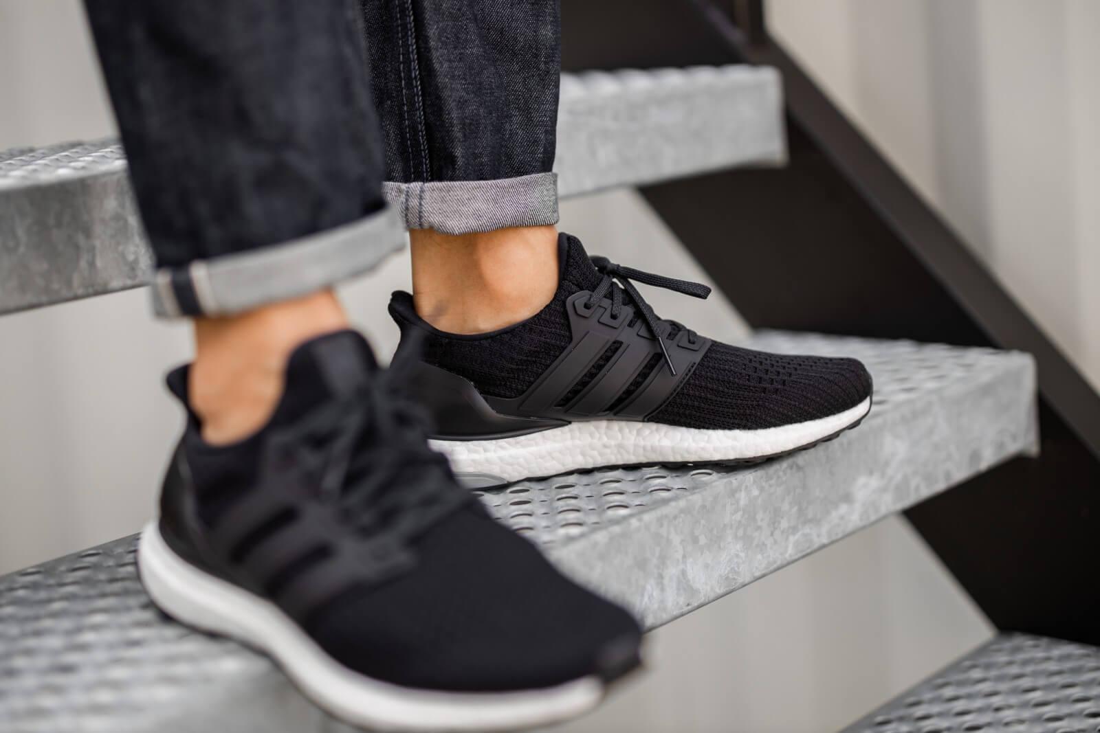 Adidas UltraBoost 4.0 Core Black/White