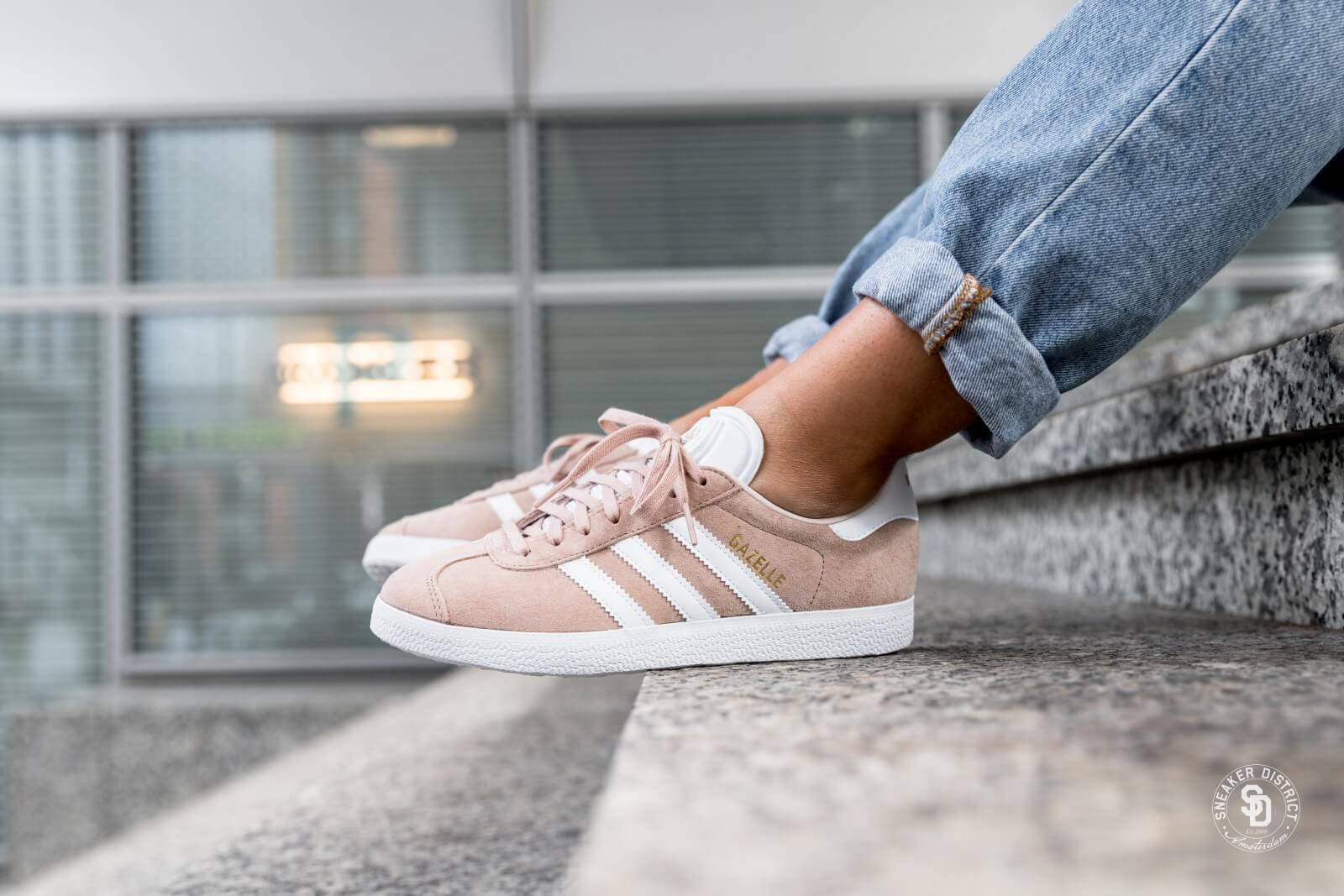 Adidas Women's Gazelle Ash Pearl/Footwear White/Linen - B41660