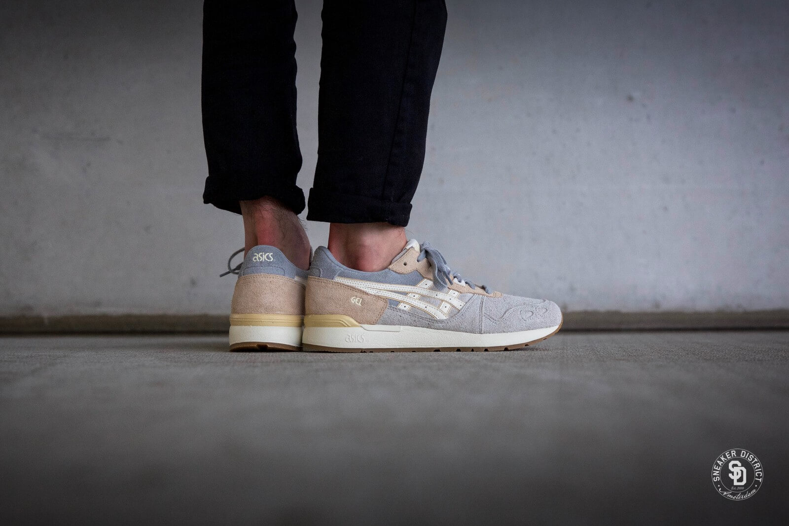 Asics Gel Lyte V Glacier Grey Cream | Footshop