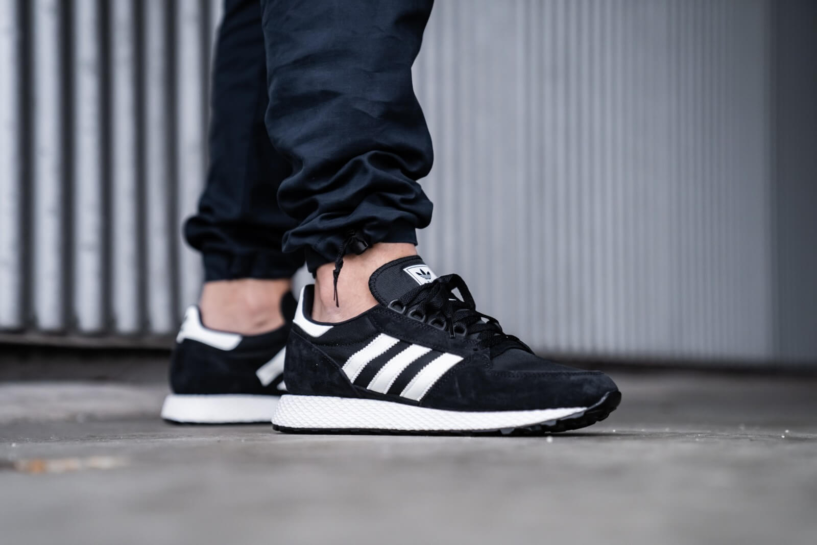 Adidas Forest Grove Core Black/Cloud White - EE5834