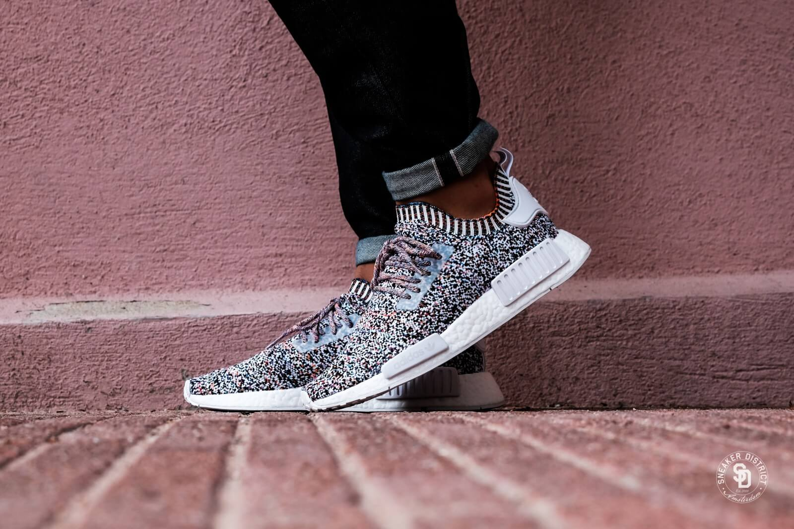 adidas nmd r1 primeknit color static bw1126
