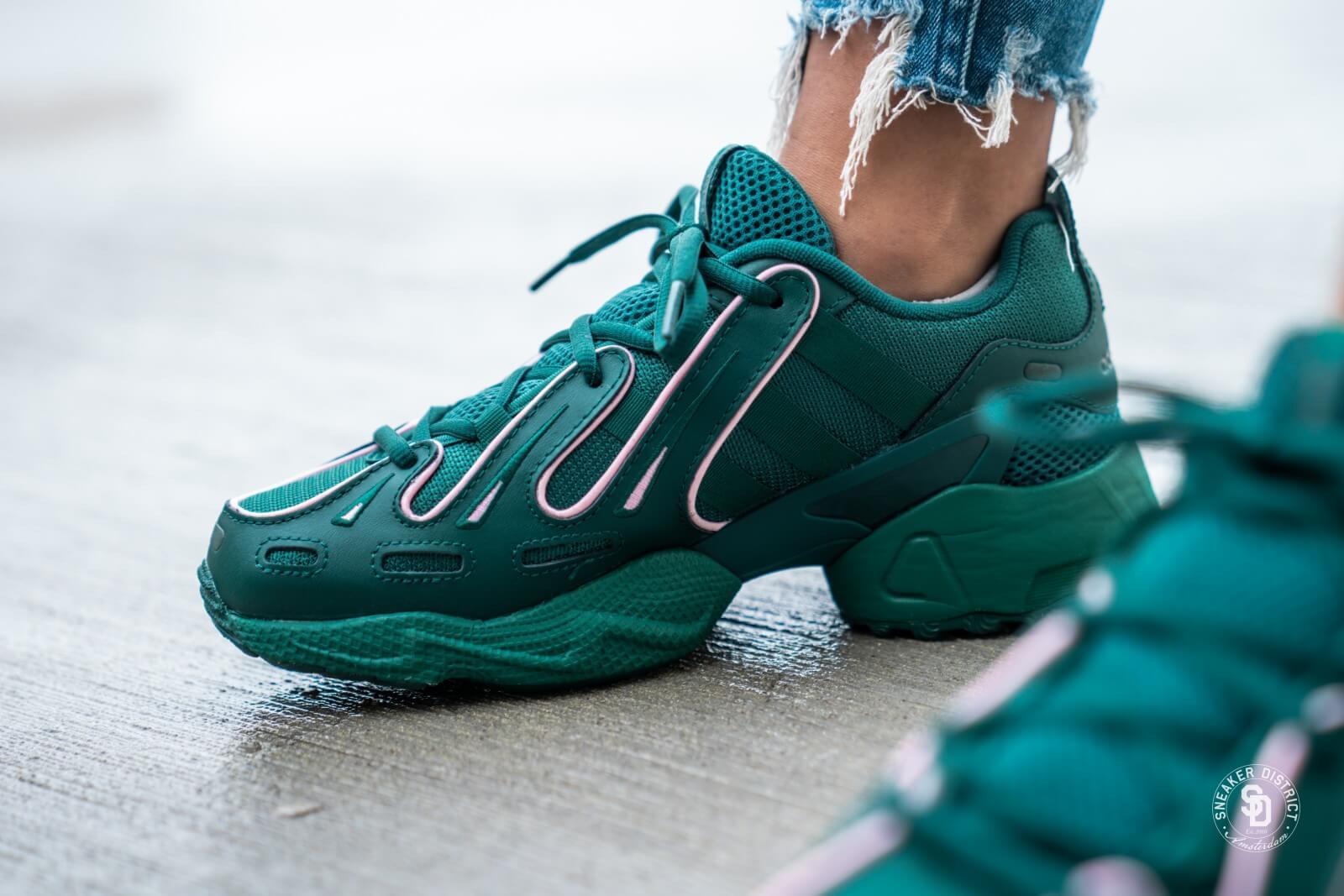 Hazlo pesado Quien como eso  Adidas Women's EQT Gazelle Collegiate Green/True Pink - EE6485
