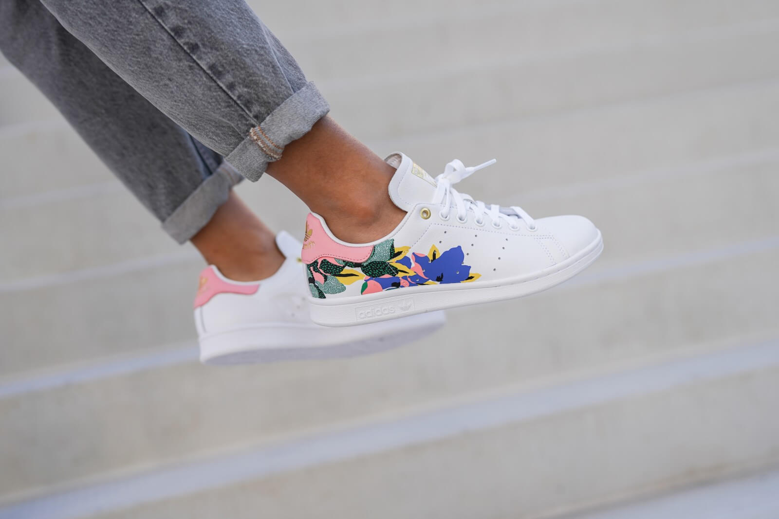 Adidas Women's Stan Smith Cloud White/Glow Pink-Gold Metallic