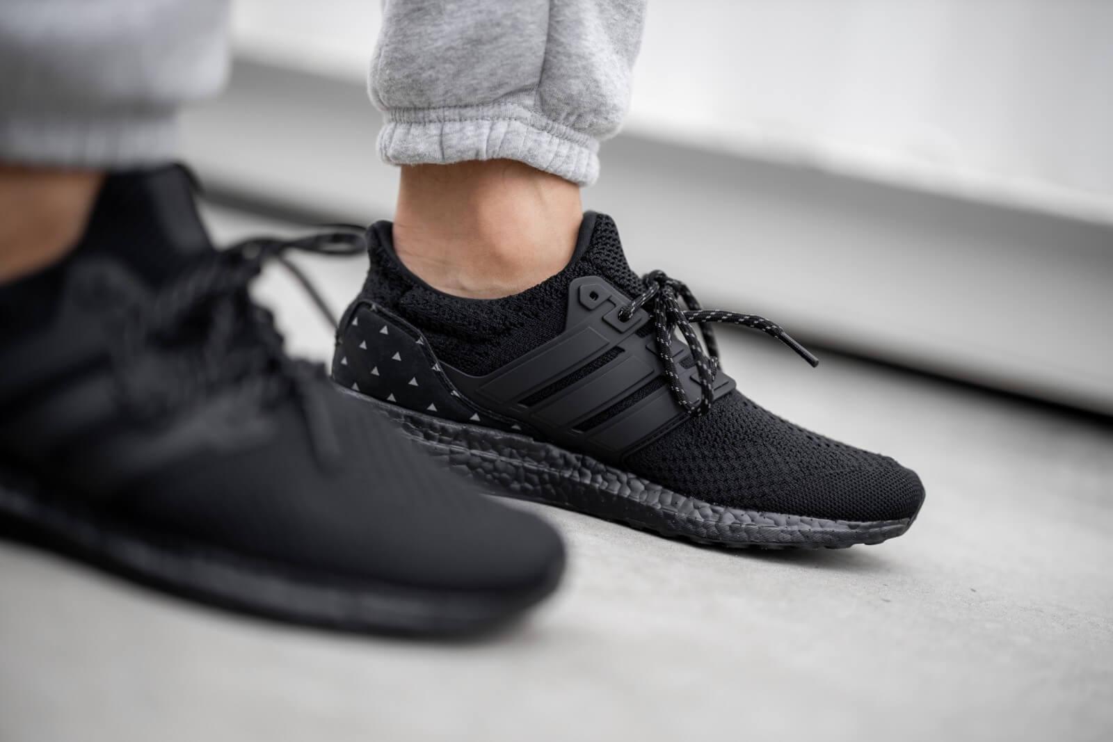 Adidas x Pharrell Williams Hu UltraBoost DNA Triple Black