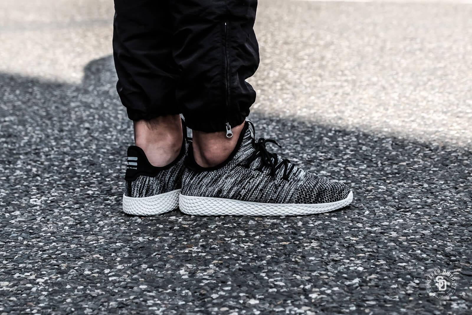 Adidas x Pharrell WIlliams HU Primeknit