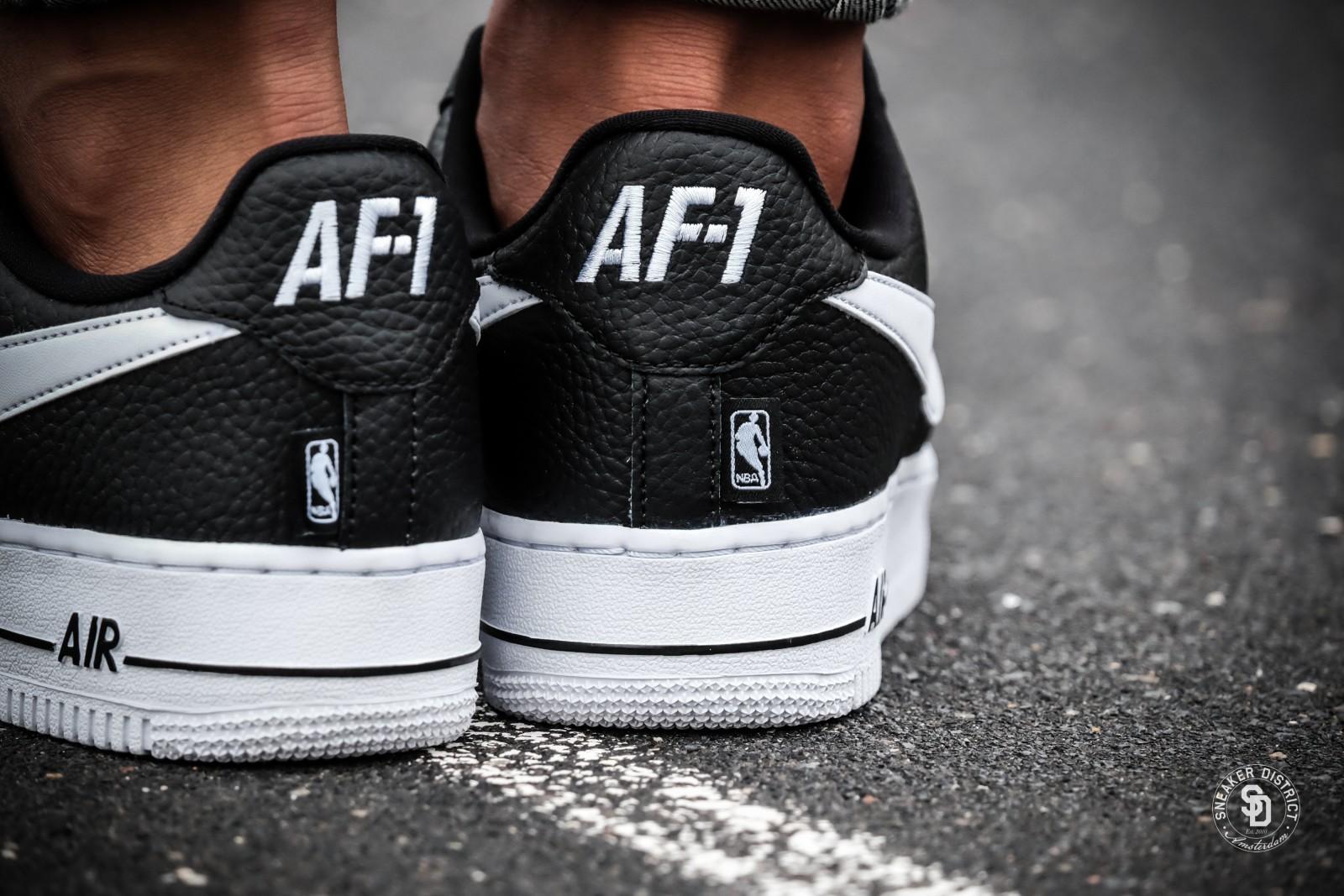 nike air force 1 07 lv8 nba pack blackwhite sneakers