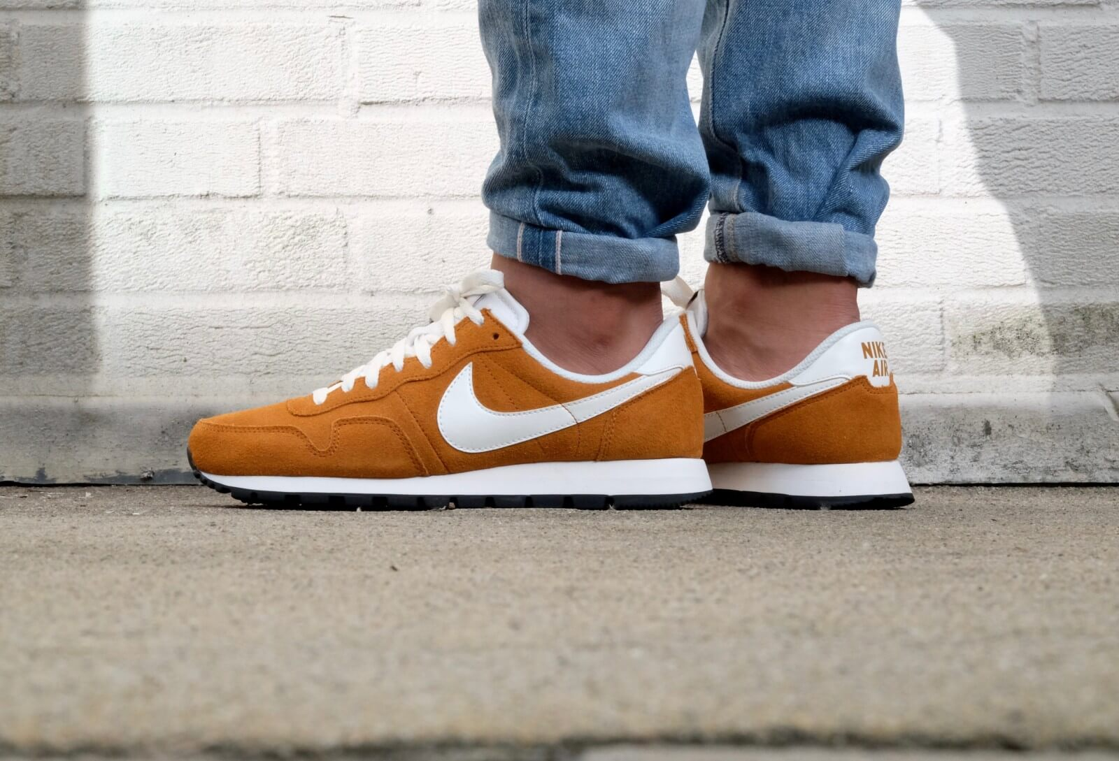 invención Disparates Amigo por correspondencia  Nike Air Pegasus '83 LTR Ginger/ Summit white-Sail-Black - 827922-202
