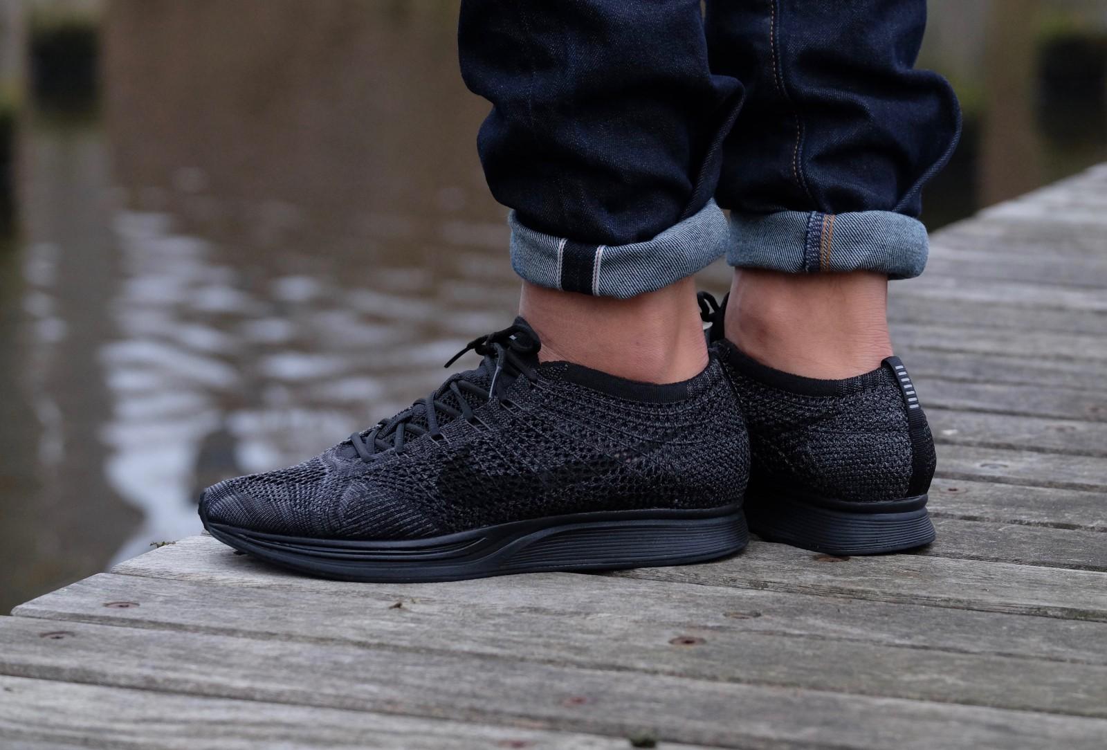 Nike Flyknit Racer Black/Black