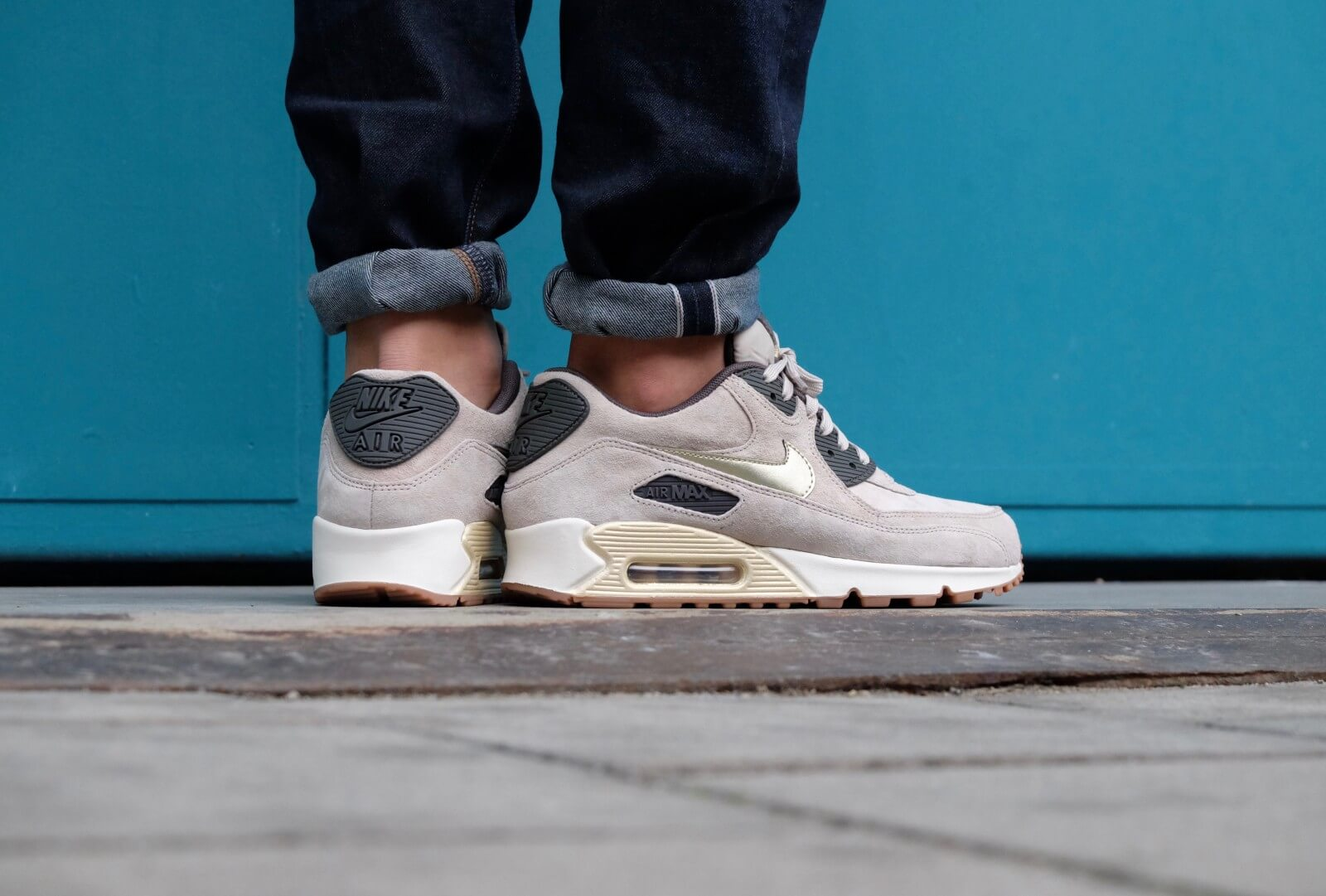 Nike WMNS Air Max 90 PRM Suede String/Metallic Gold Grain/Dark Storm/Black  - 818598-200