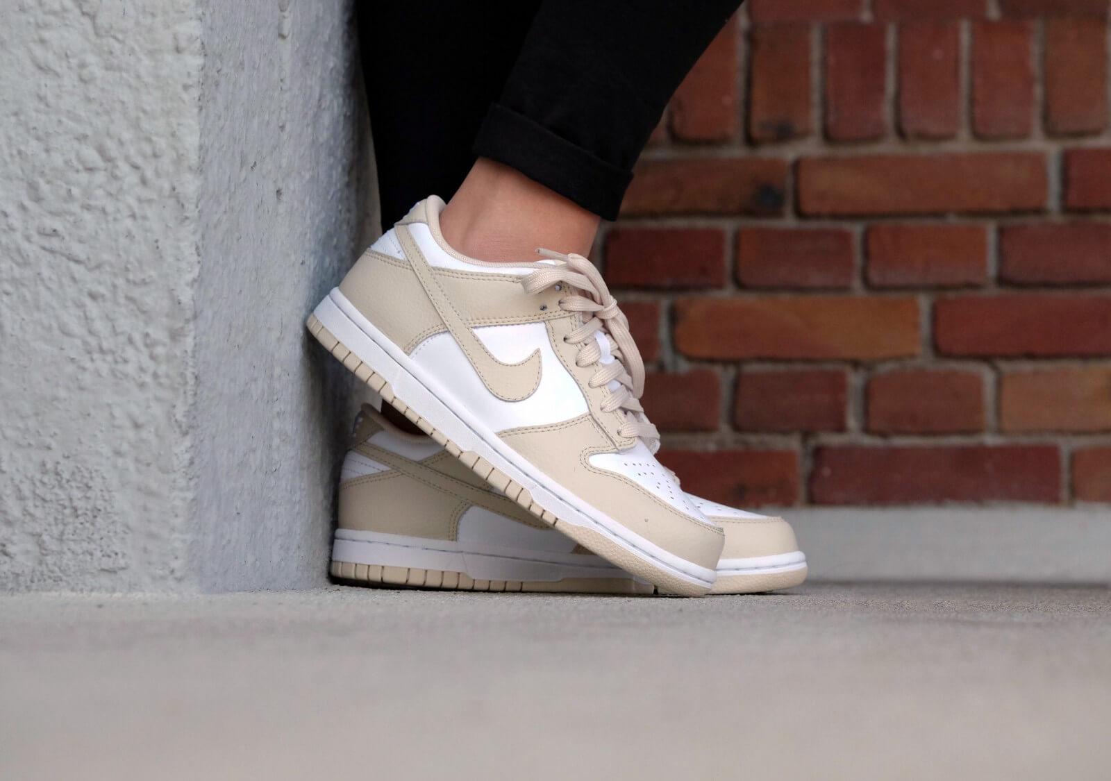 Nike WMNS Dunk Low White/Oatmeal