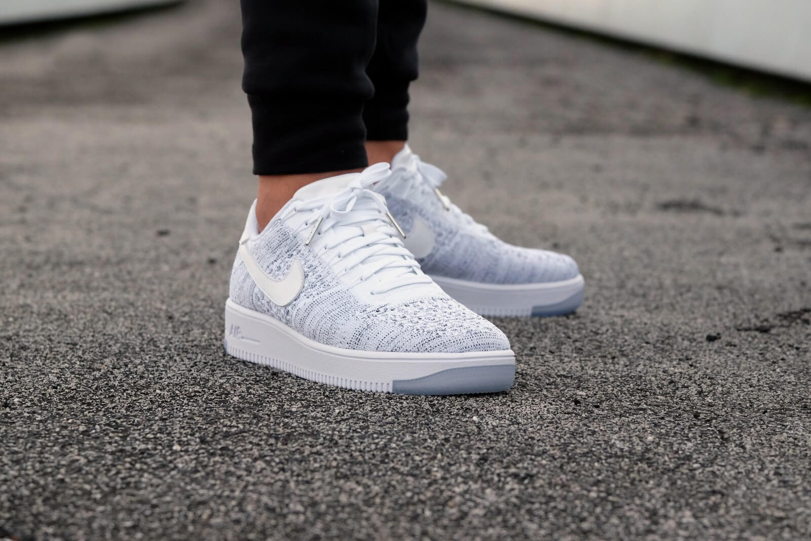 Nike WMNS Air Force 1 Flyknit Low WhiteWhite Black 820256 103