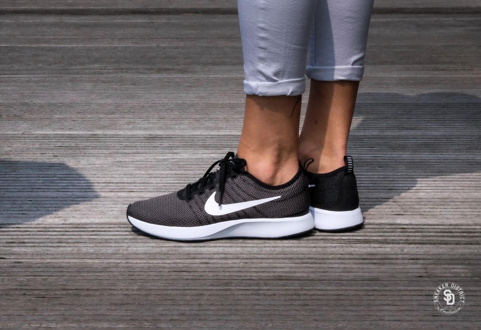 Nike WMNS Dualtone Racer BlackWhite Dark Grey 917682 003