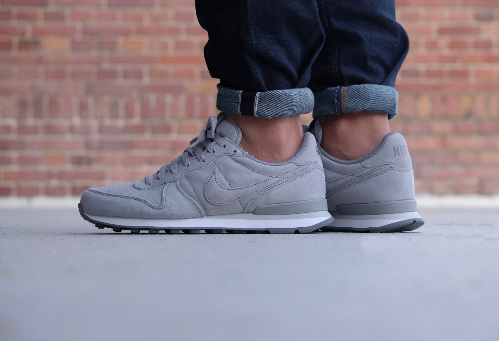 Nike Internationalist PRM Wolf Grey Cool Grey 828043 002