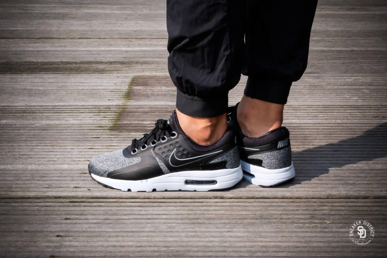 Nike Air Max Zero Essential Black Anthracite Cool Grey 876070 011