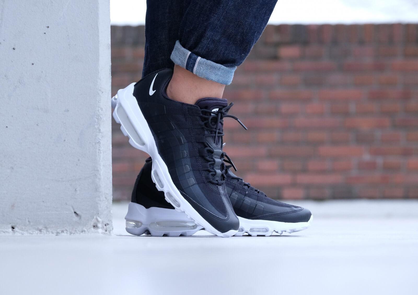 Nike Air Max 95 Ultra Essential Blackwhite white 857910 006