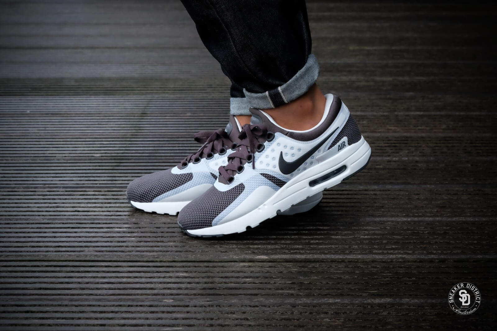 Nike Air Max Zero Essential Midnight Fog Summit White