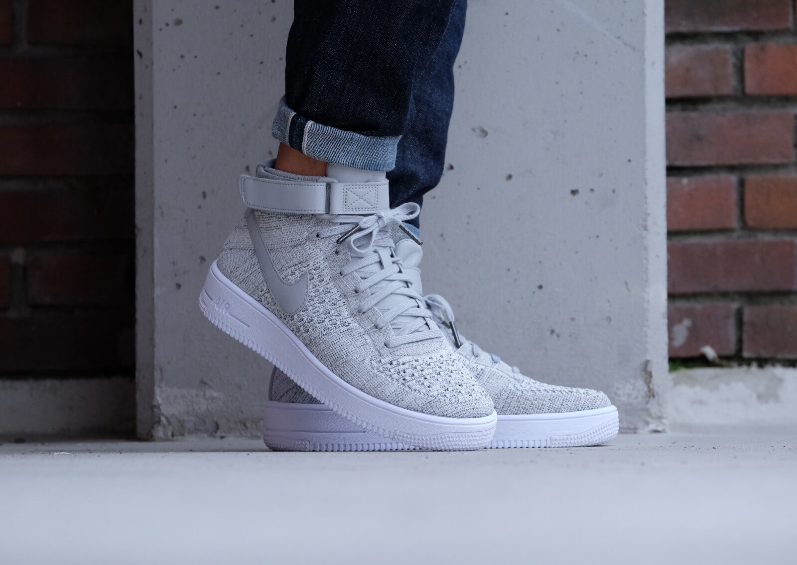 Nike Air Force 1 Ultra Flyknit Mid Wolf