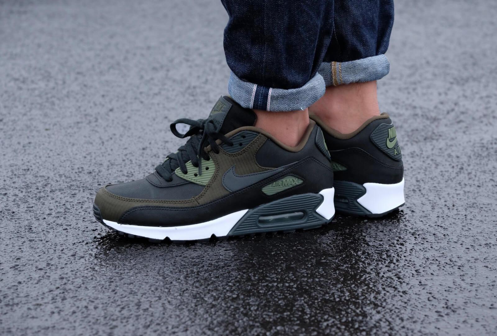 Nike Air Max 90 PRM Blackanthracite legion green palm green 700155 002