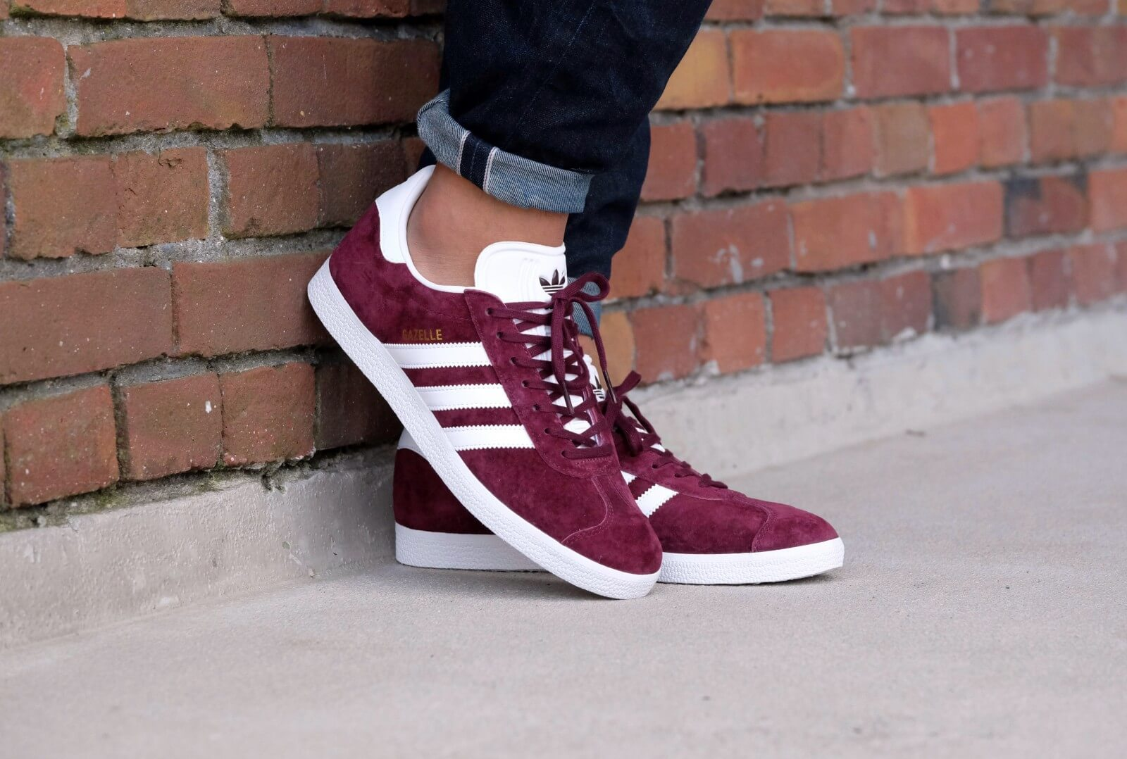 Adidas Gazelle - Maroon / Footwear White / Gold Metallic