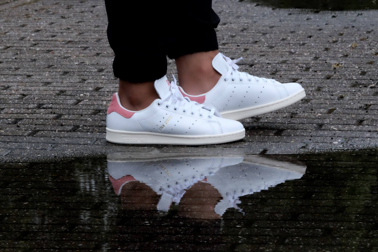 Adidas Stan Smith White Ray Pink S80024