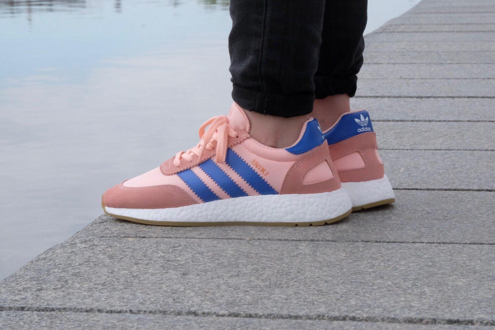 Amoroso Excremento Percepción  Adidas WMNS Iniki Runner Pink/Blue - BA9999