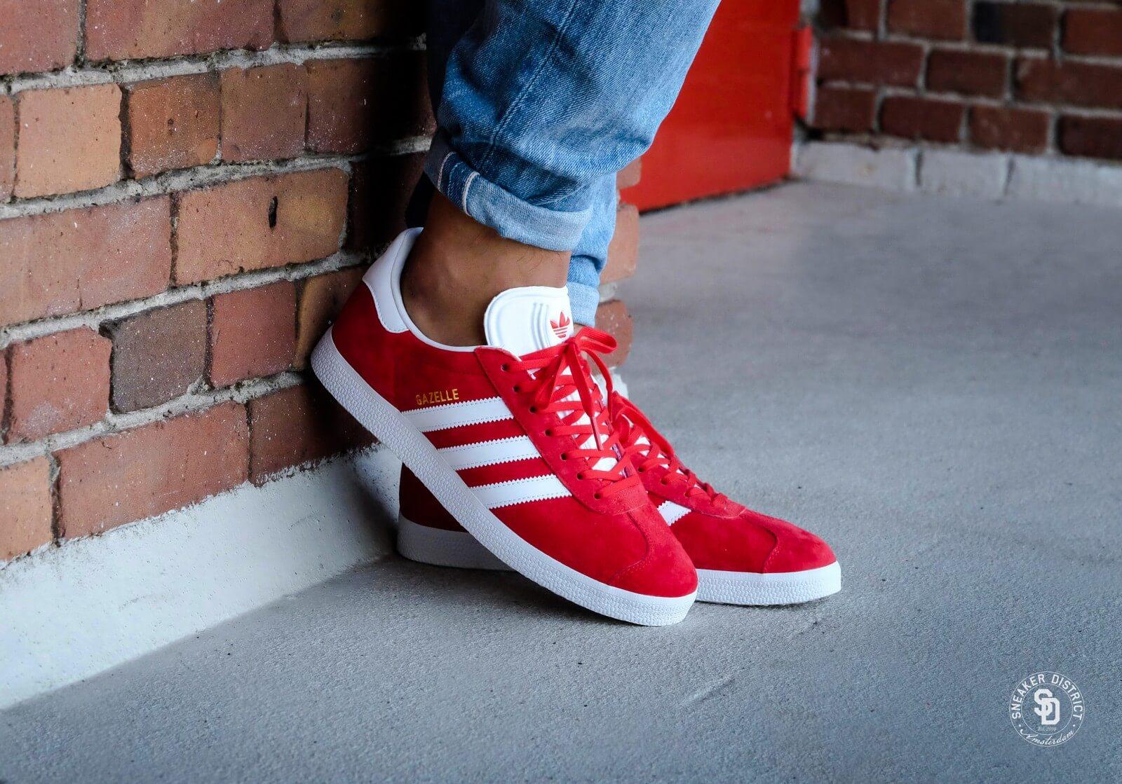 Adidas Gazelle - Scarlet / Footwear White / Gold Metallic