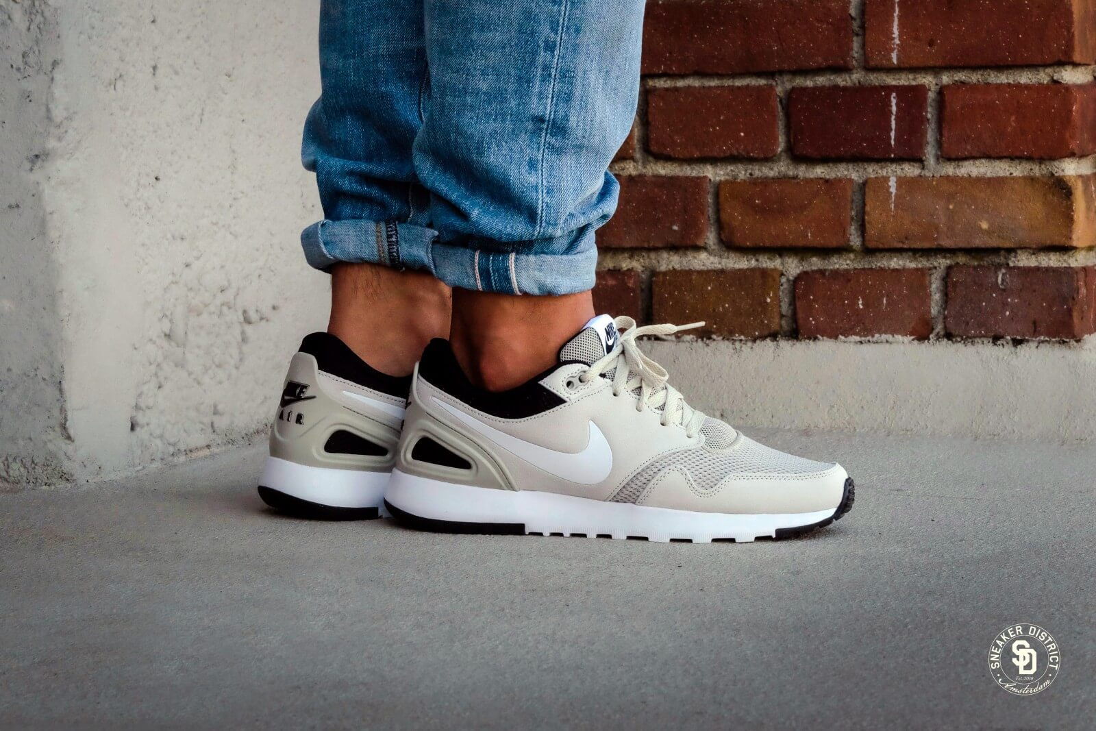 Nike Air Vibenna SE - Pale Grey / White