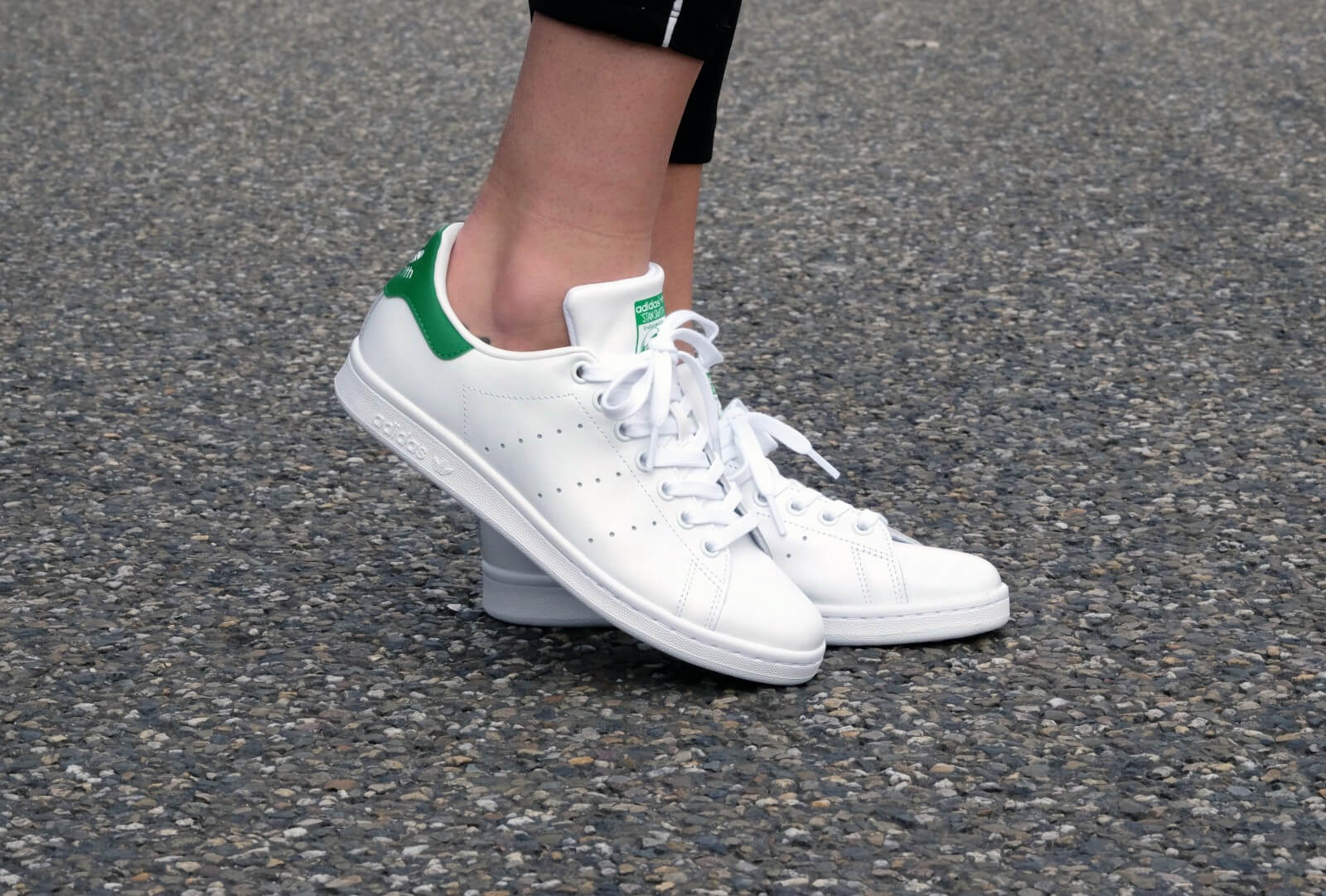 Prevención Facultad Th  Adidas Stan Smith - Footwear White / Core White / Green -