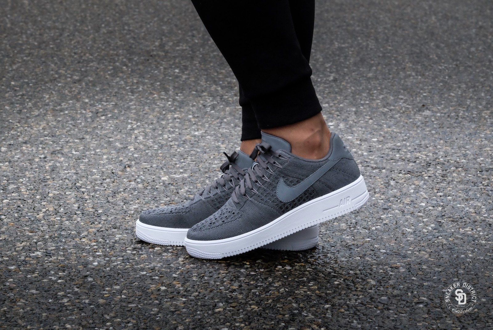 Nike Air Force 1 Ultra Flyknit Low Dark Grey/White