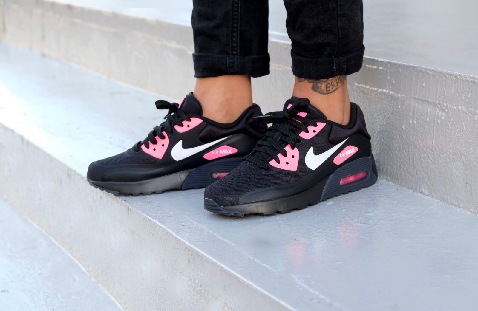 Nike WMNS Air Max 90 Ultra Special Edition GS Black/ White-Hyper Pink