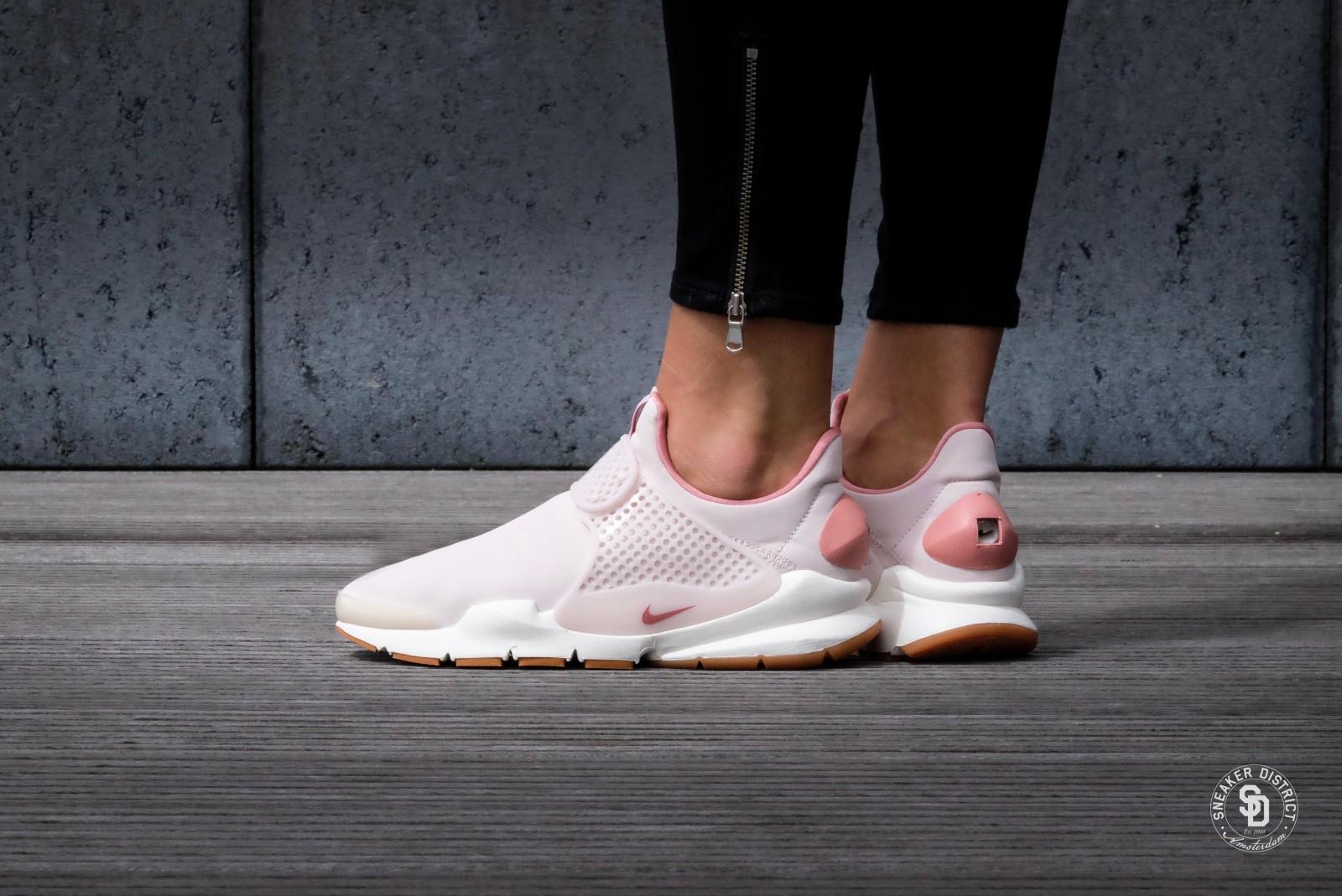 Nike WMNS Sock Dart PRM Silt Red/Red