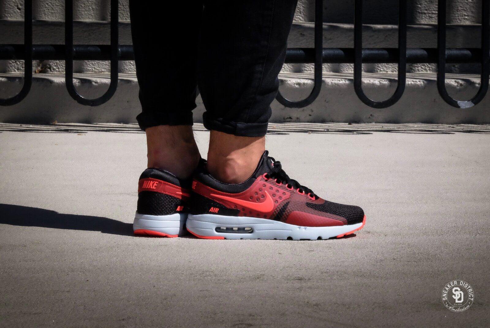 Nike Air Max Zero Essential BlackBright Crimson 876070 007
