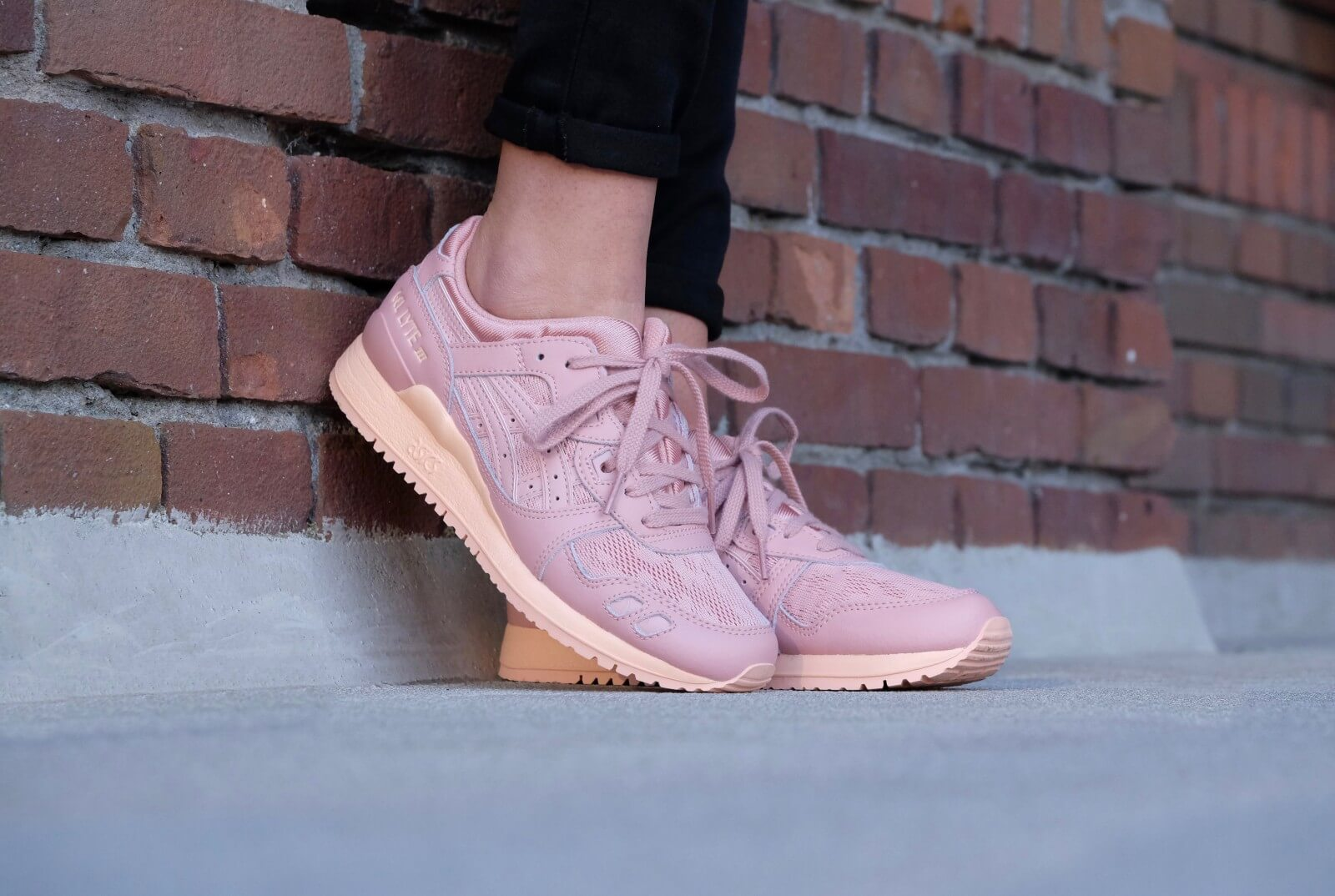 asics gel lyte 3 peach