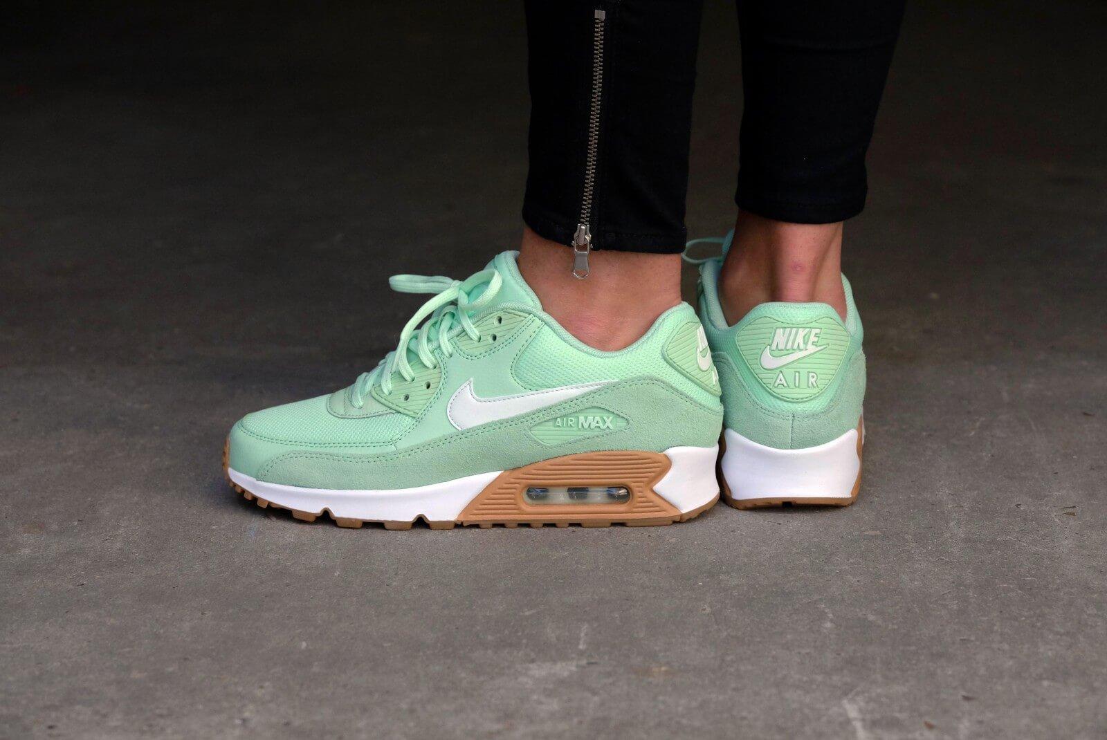 Nike WMNS Air Max 90 Fresh MintBarely Green Gum Light Brown 325213 307