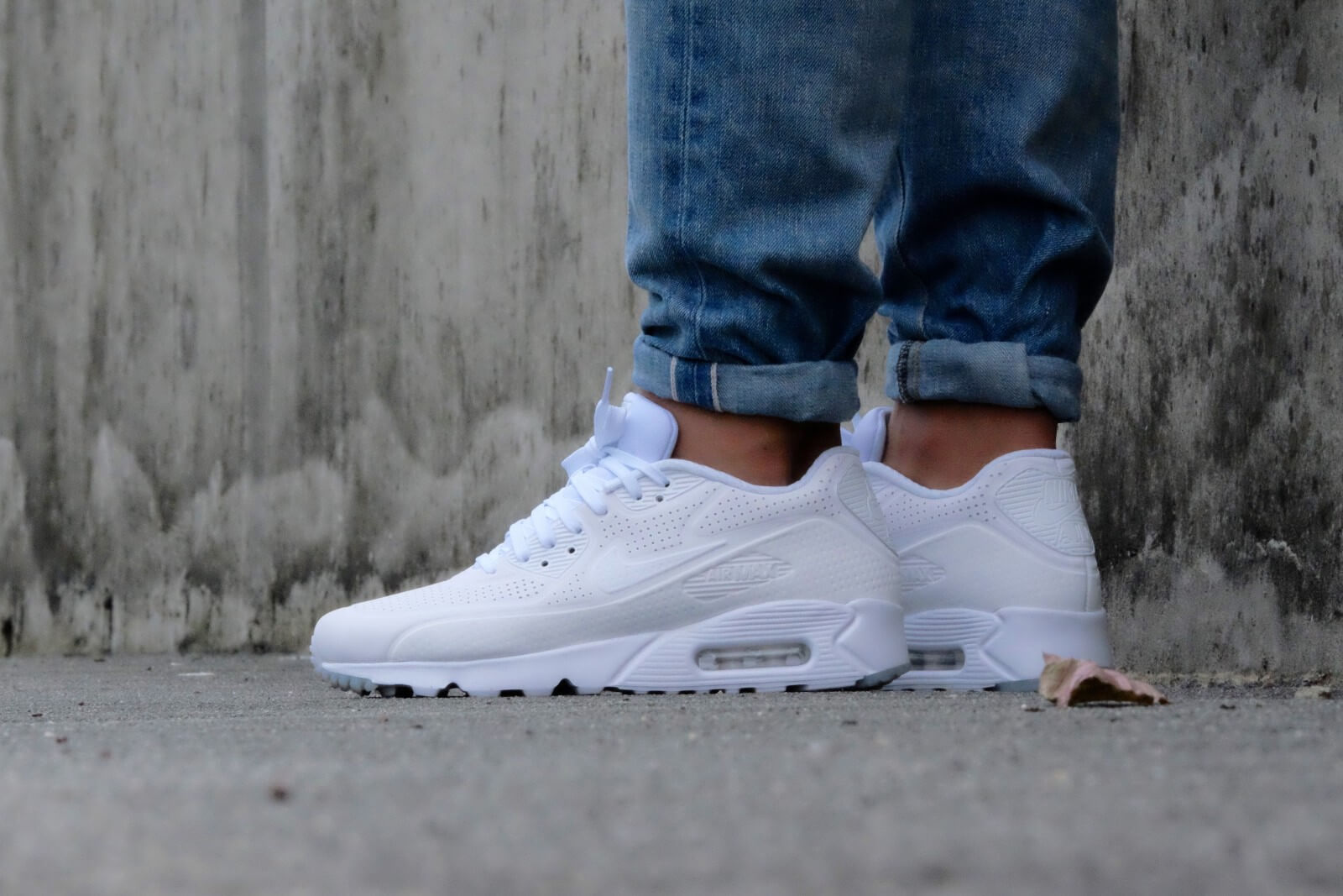 Nike Air Max 1 Ultra Moire   White   Sneakers   705297 111