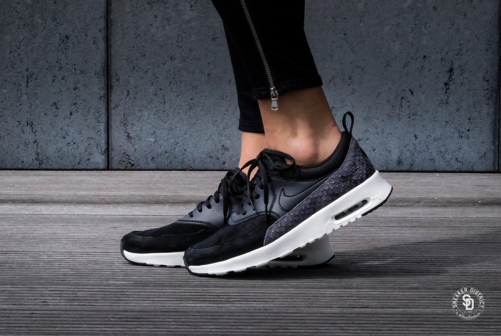 Nike WMNS Air Max Thea PRM BlackSail Dark Grey 616723 019