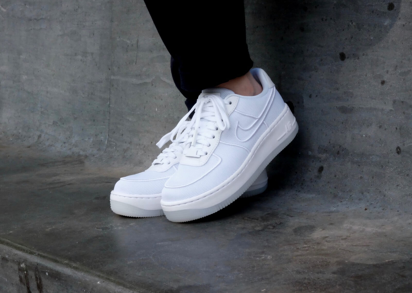 nike wmns air force 1 low upstep br whiteglacier blue