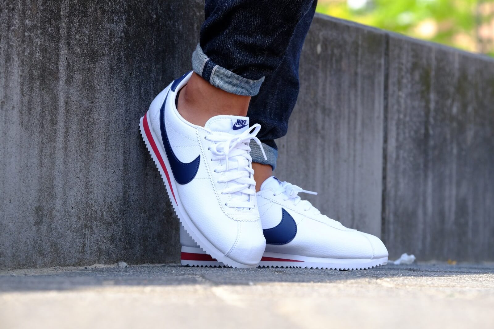 huge selection of effca ade3b ... Nike Classic Cortez Leather White Midnight Navy-Gym Red - 74 ...