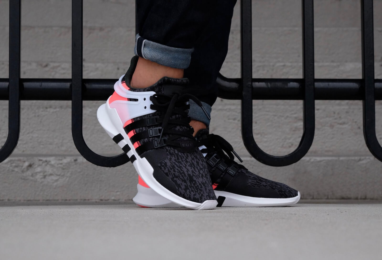 Adidas EQT Support ADV Core Black/White
