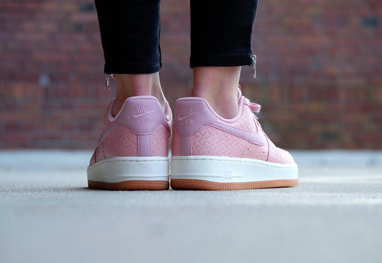 Nike Wmns Air Force 1 07 Pink Glaze Pink Glaze Pink Glaze
