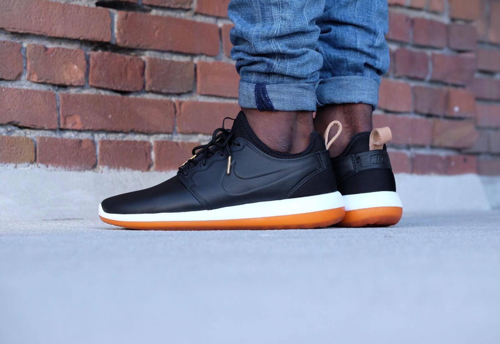 molestarse pelo Piquete  Nike Roshe Two Leather PRM Black/black-white-gum med brown - 881987-001