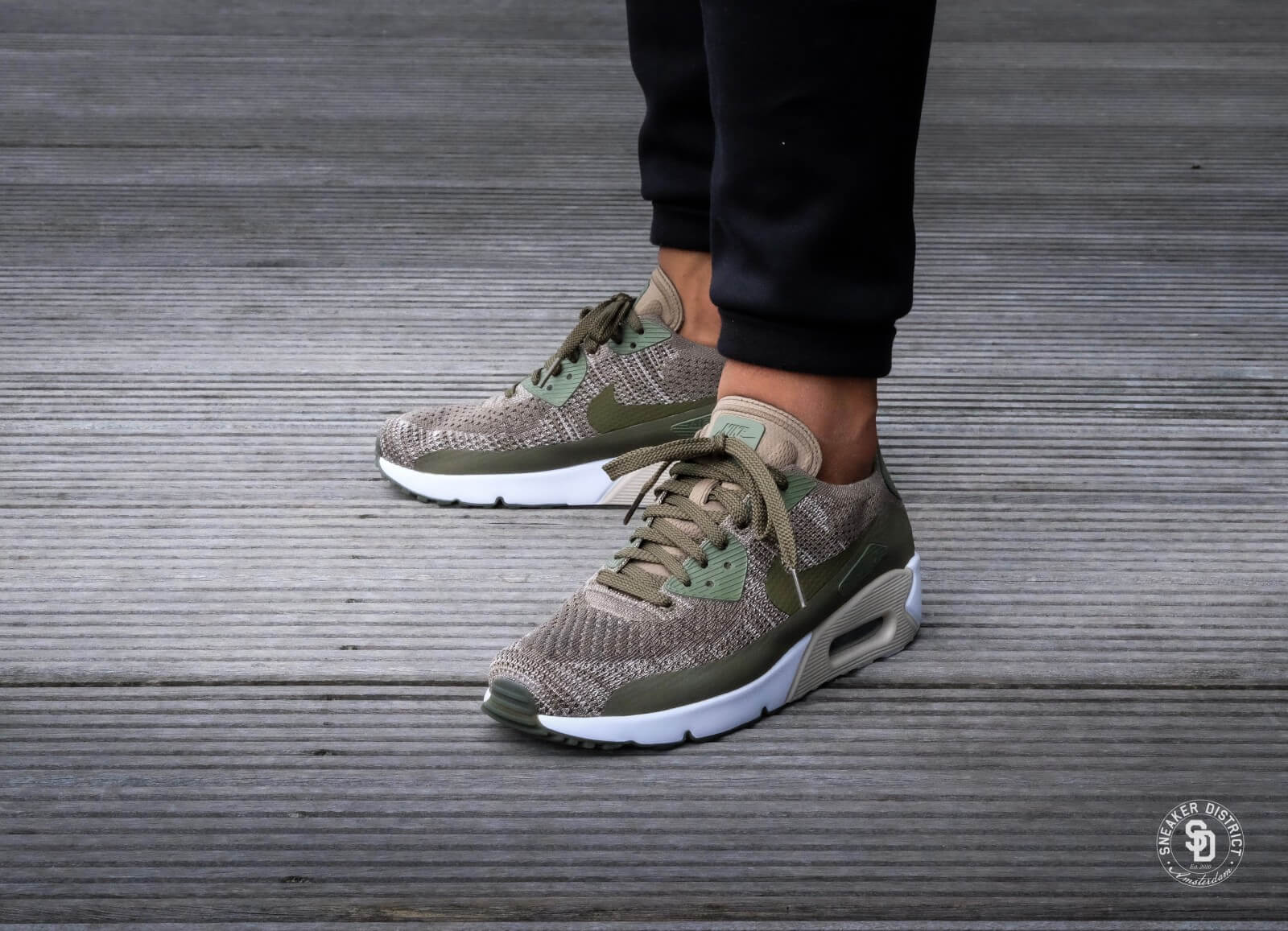 Nike Air Max 90 Ultra 2.0 Flyknit 875943 200 Medium Olive
