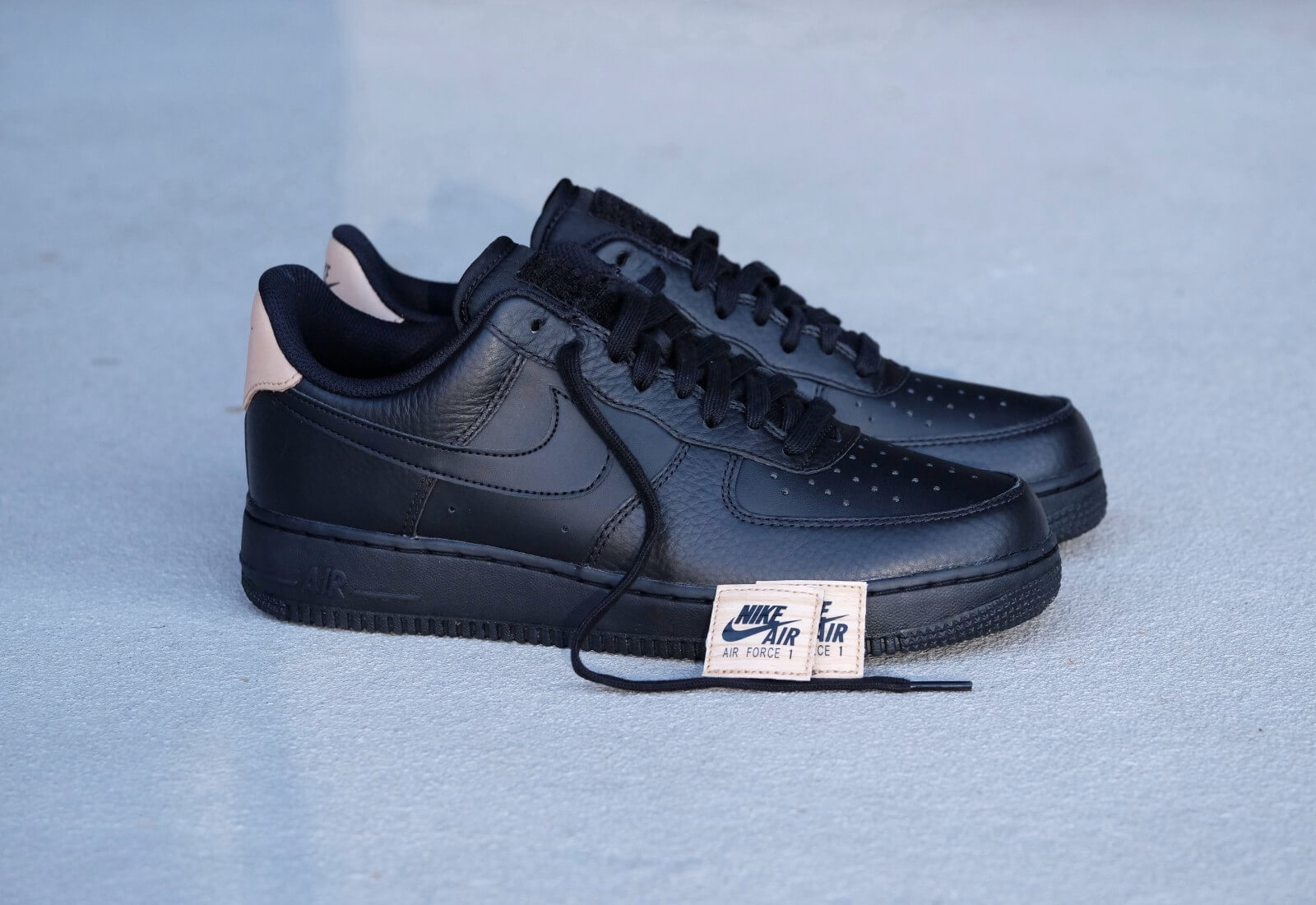 Nike Air Max Force 1'07 Lv8 BlackBlack 718152 016