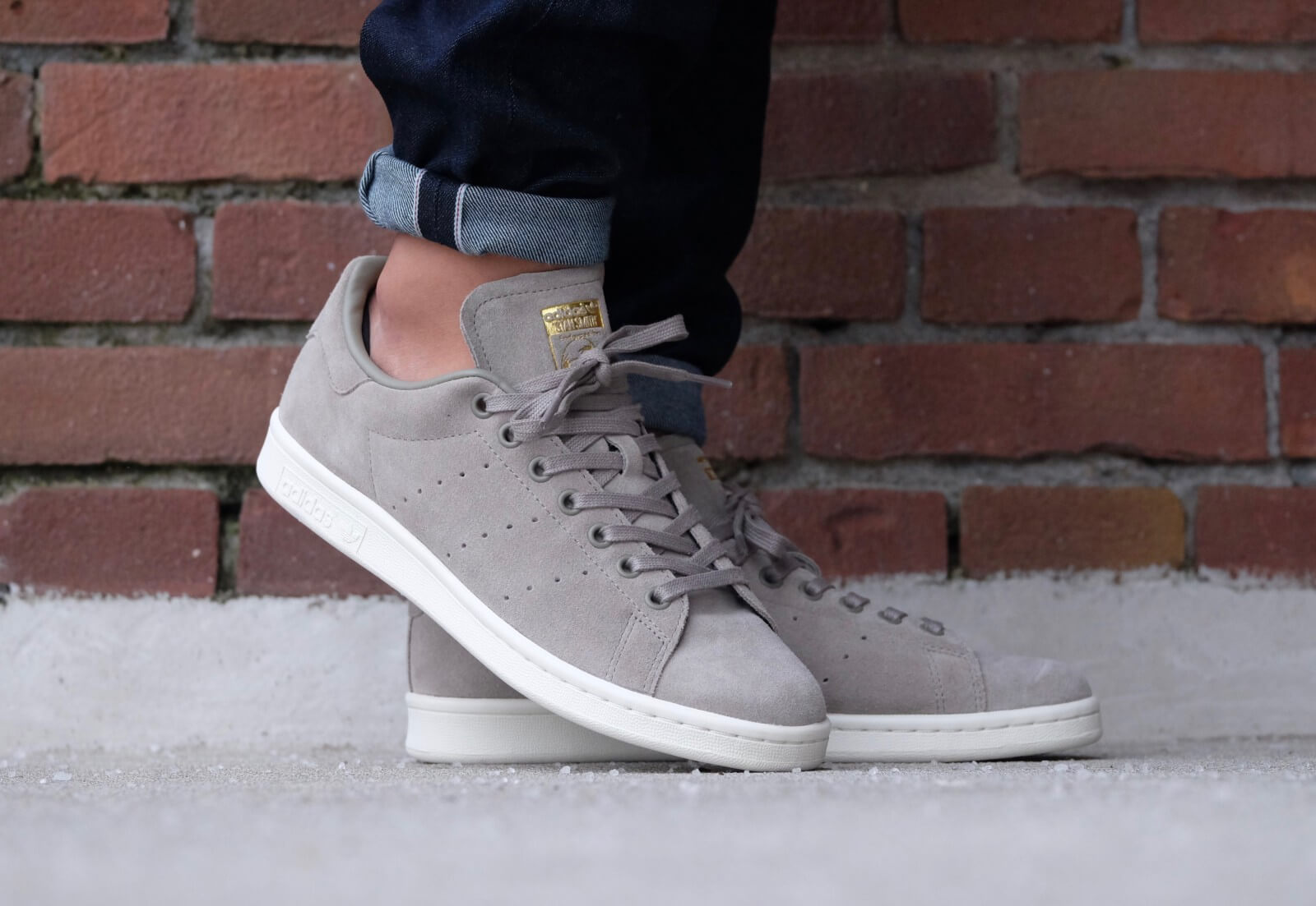 adidas stan smith trace cargo off white bb0038. Black Bedroom Furniture Sets. Home Design Ideas