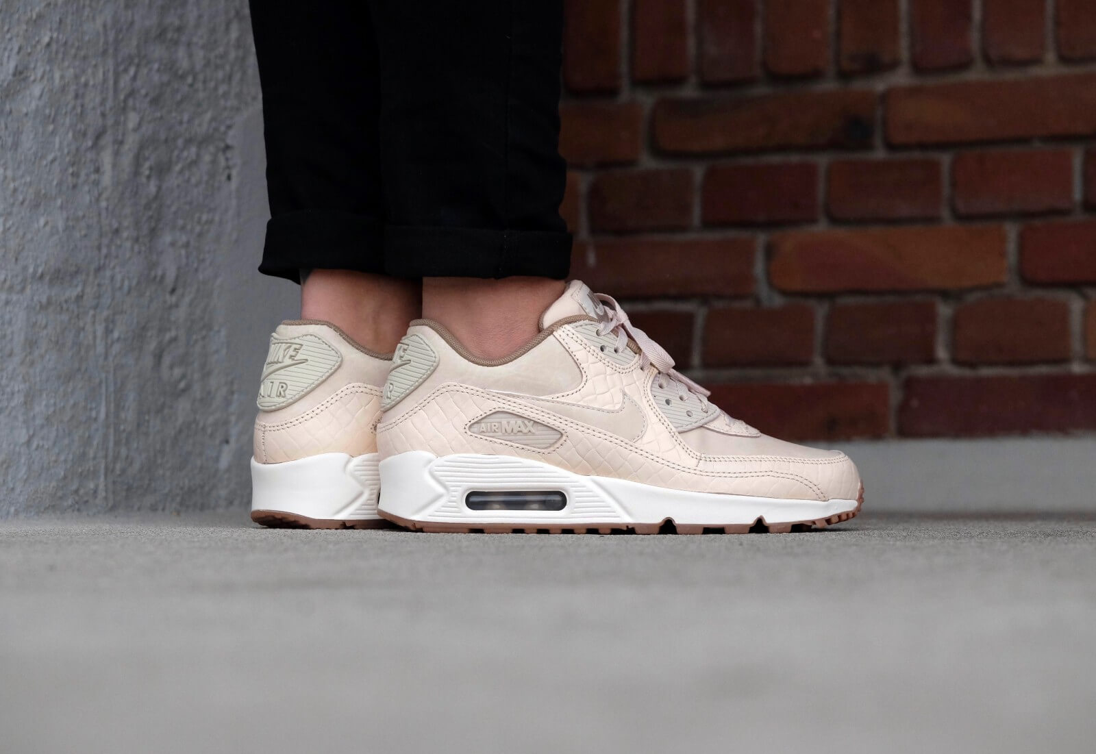 Nike Wmns Air Max 90 PRM Oatmealoatmeal sail khaki 443817 105