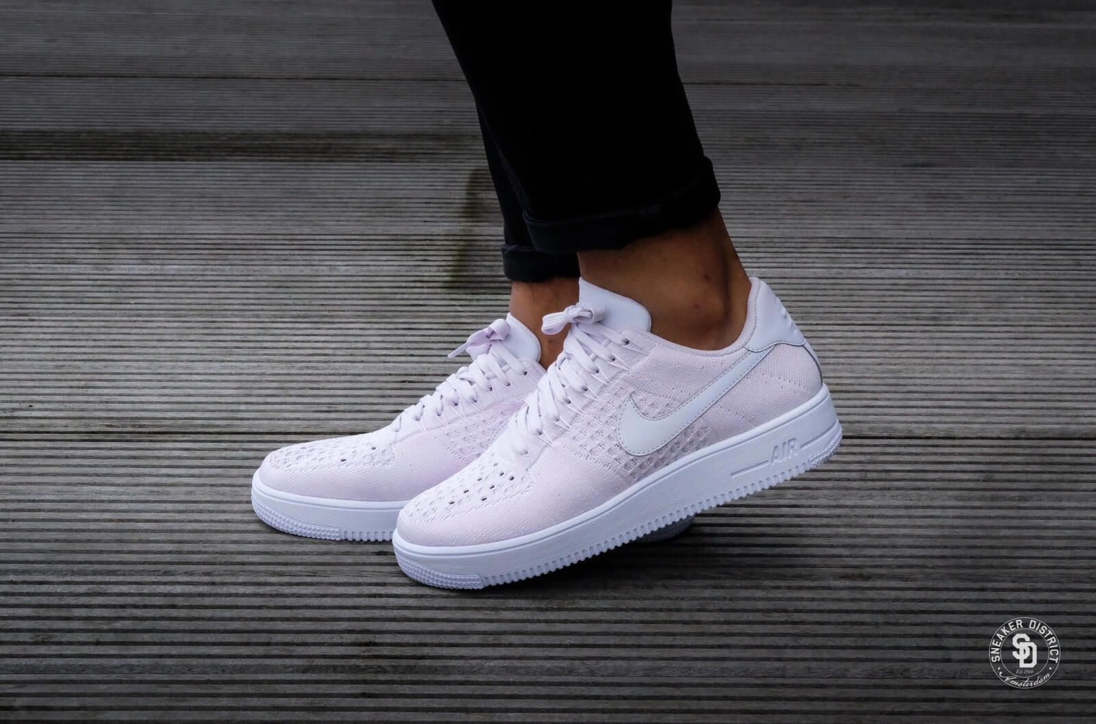 nike flyknit air force 1